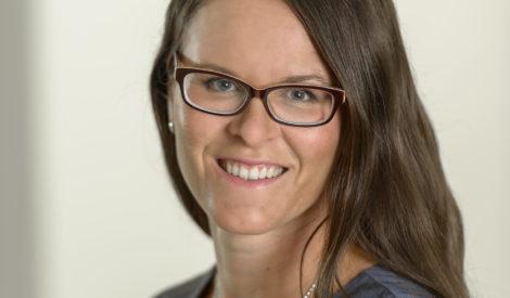Laura Juvonen, johtaja, kasvu ja uudistuminen, Teknologiateollisuus ry