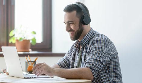 Online-koulutus tuo organisaatiollesi joustoa, tehokkuutta ja säästöä